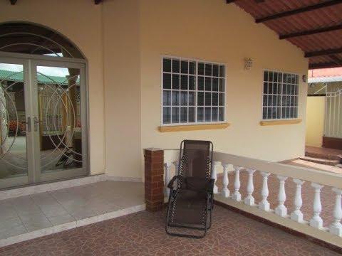 Vendida Casa En Brisas Del Golf Panama De Esquina Y Completamente Cercada