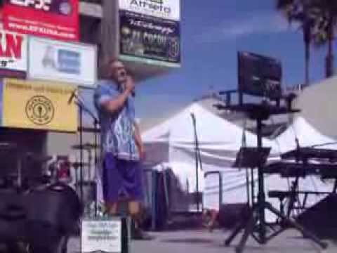 "MUSCLE BEACH VENICE - Karaoke Festival Labor Day 2013 - ""Joe"" Sinatra"