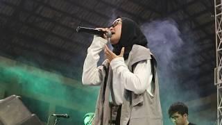 Download Lagu NISSA SABYAN ( DEEN ASSALAM) SABYAN GAMBUS LIVE KENDAL JAWA TENGAH Mp3