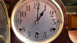 Repeat youtube video Napoleon clock with six note chime