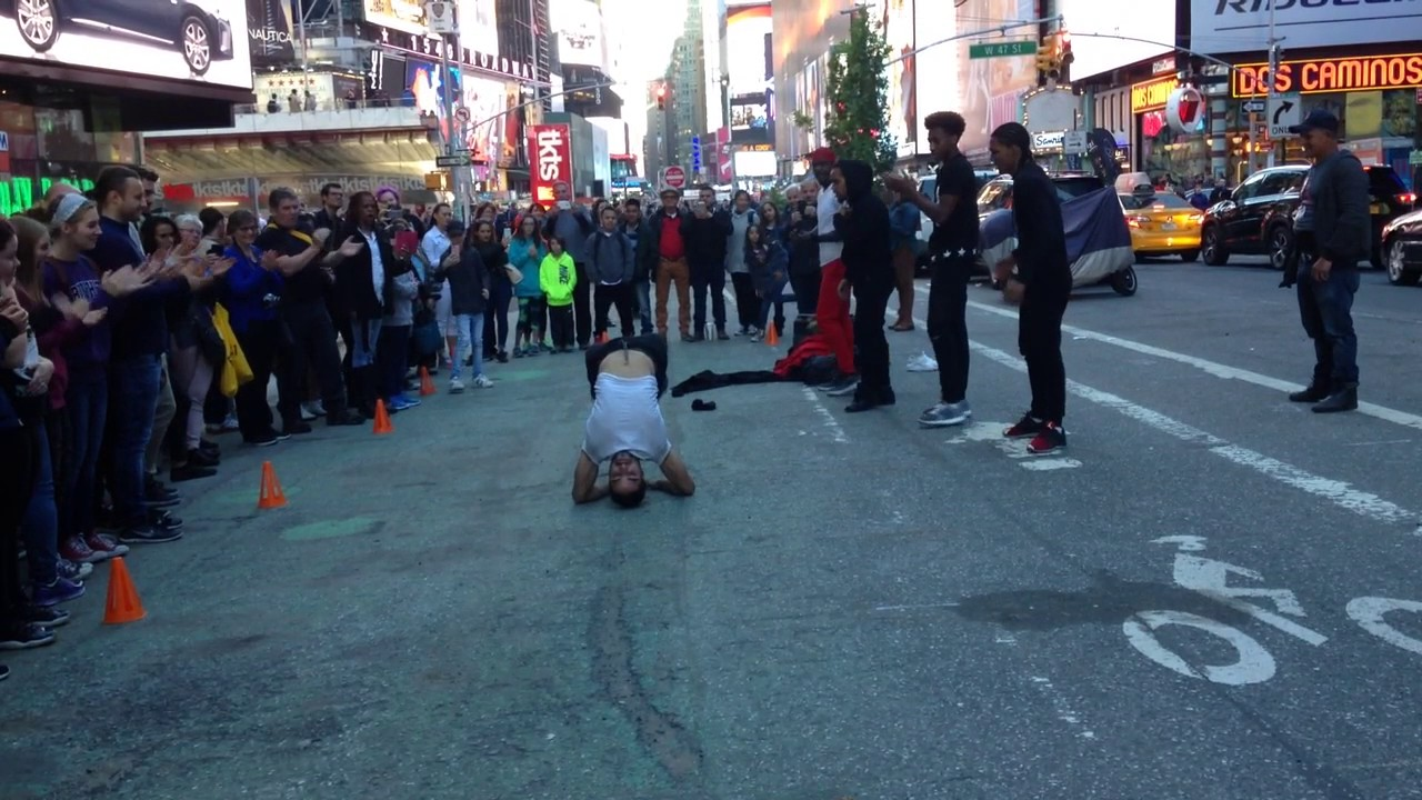 New York street Dance (Times Square) - YouTube