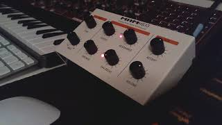 MAM MB33 Retro Sound Demo - Dry & Wet - [no talking]