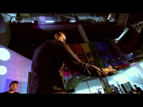 Music Tech Fest 2013: Bionic Orchestra & Ezra