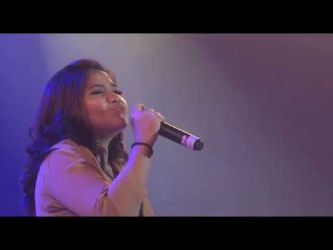 Yesus padaMu kuberseru (acoustic cover) - Renata (Remarkable Worship)