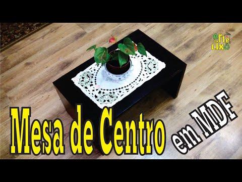 Mesa de centro para sala, em madeira (MDF e compensado) - Coffee table made from reclaimed wood