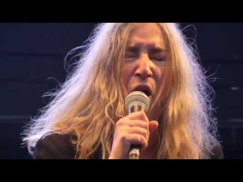 Patti Smith - Gloria @ Arena, Vienna 2015