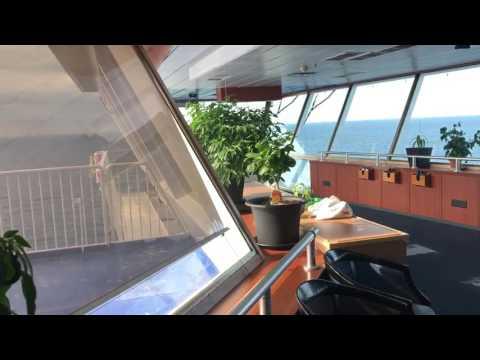 Styrmannen på den här jättebåten har en hobby - en grön hobby och odlar