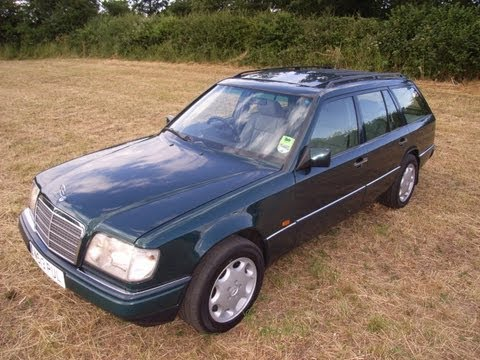 Classic W124 Mercedes Benz E300 diesel multivalve estate S124 stationwagen for sale with mikeedge7