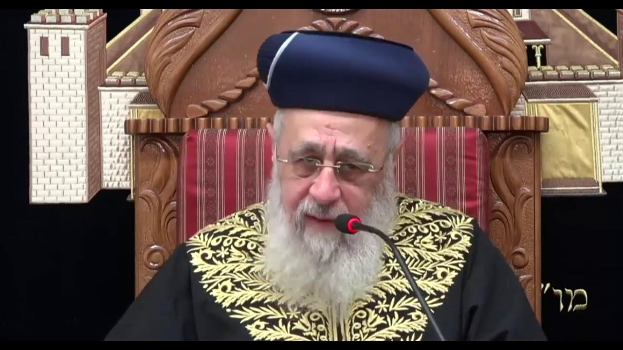 """הראש""""ל רבי יצחק יוסף:  פתיחת קופסאות שימורים בשבת"""