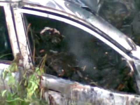 ไฟไหม้รถเก๋ง  HONDA  JAZZ 3