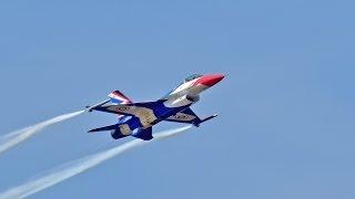 วันเด็ก 2557 : Thailand Airshow on Children