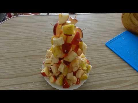 Как нарезать фрукты на детский день рождения