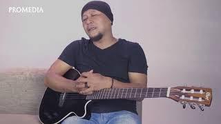 Menunggu   Cover Akustik Eko Sukarno feat Ummy Nabilla HD