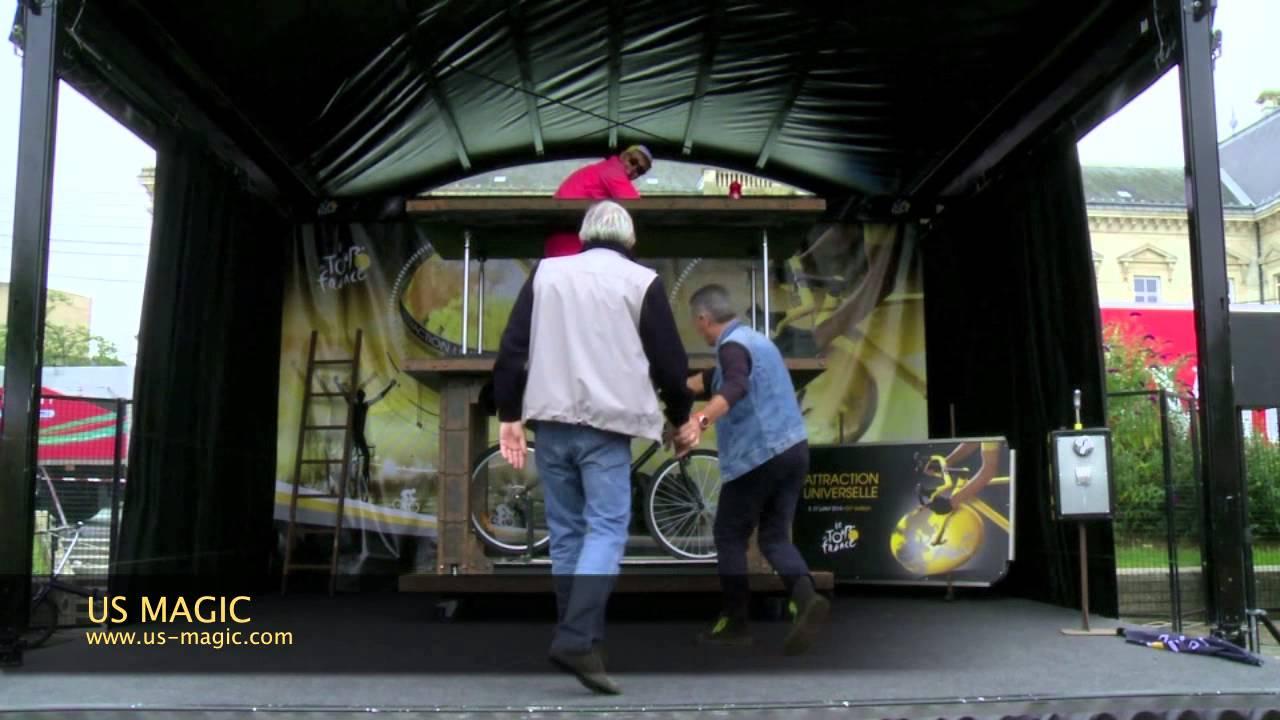 USMAGIC - Création Tour de France - La Femme coupée en Deux - YouTube