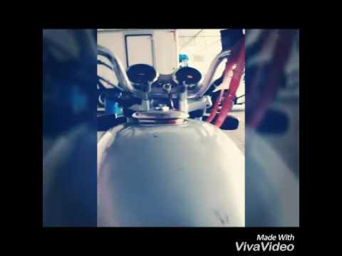 Dando role de moto sem filtro