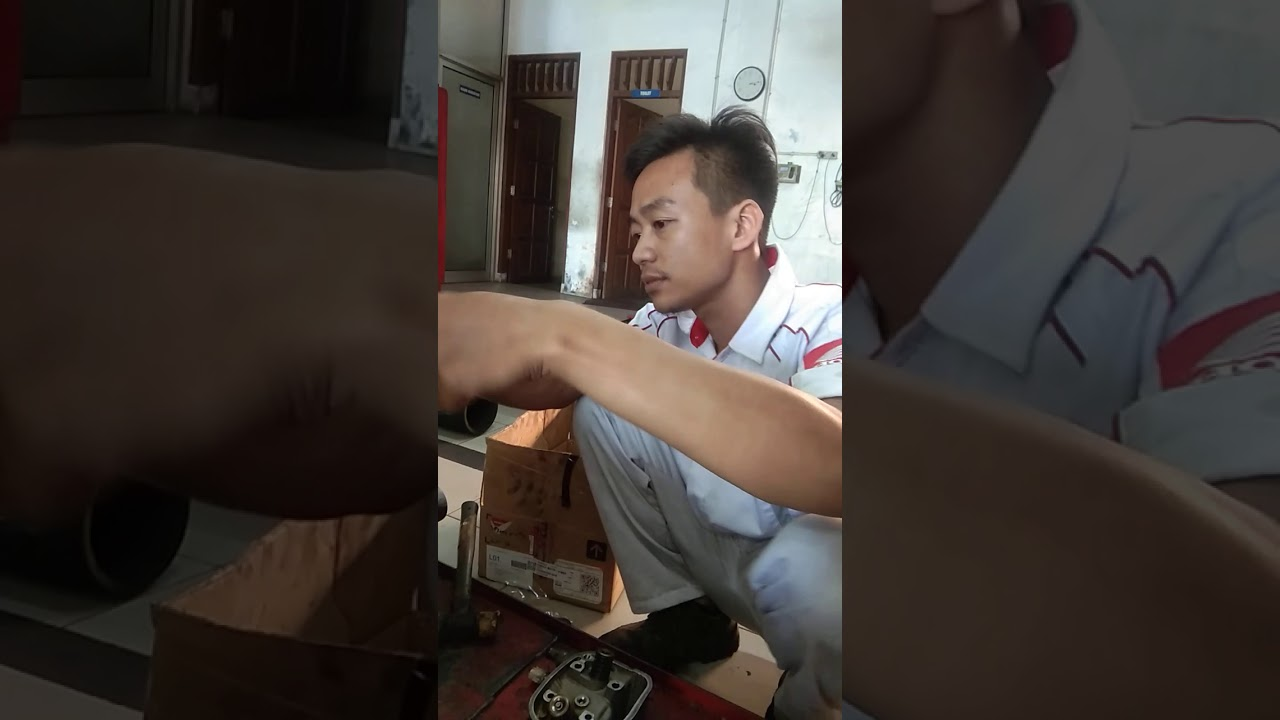 Proses Perakitan Silinderhead Vario 110 Karbu