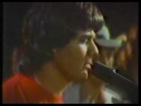 Steve Miller Band - Jet Airliner (studio version)