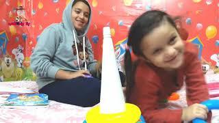 هاجر بتذاكر شوية وبتلعب مع سارة شوية  - العاب أطفال - playing sometimes and study sometimes