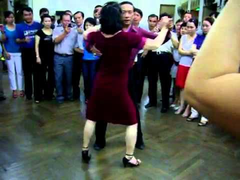 Rumba lop 4 vũ sư Lê Nguyet