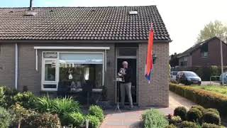 Serenade voor de koning in Steenderen (27-04-20)
