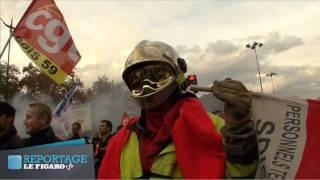Des milliers de pompiers crient leur colère à Paris - Le Figaro