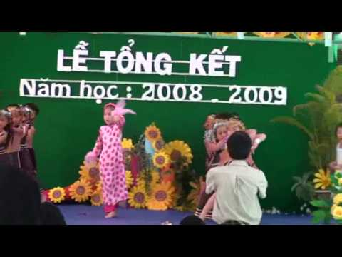 Tiet muc mua co day chau mua ca truong MNTT Huong Duong 2009