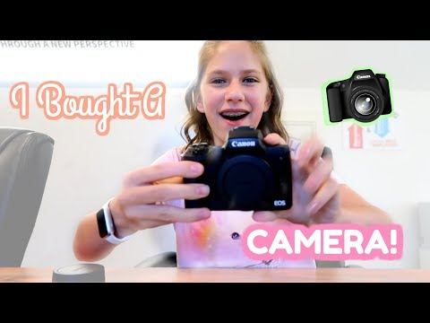 Buying The Worlds Best Vlogging Camera! Shopping for a new vlog camera
