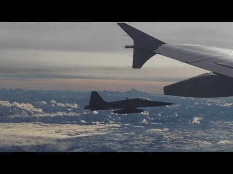 two-swiss-fighter-jets-escort-justin-trudeau-s-plane-as-it-leaves-zurich