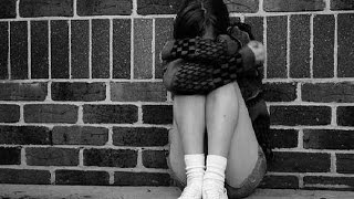 Изнасилование девушки в ТАКСИ(ТАКСИСТ изнасиловал пассажирку в Москве! Следователи ГСУ СК по Москве расследуют уголовное дело в отношен..., 2016-02-04T15:20:34.000Z)