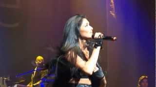 Nicole Scherzinger - 02 - Poison / Killer Love (Live Killer Love Tour DVD)