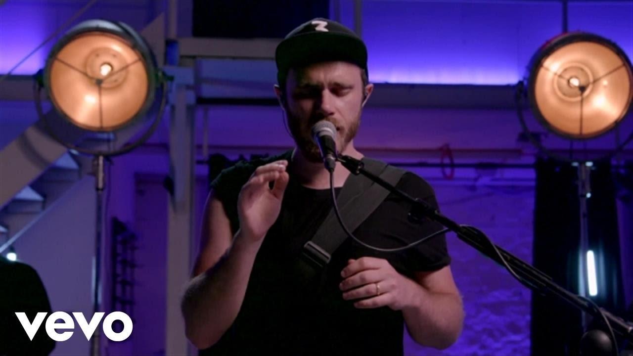 james-vincent-mcmorrow-national-live-jamesvmcmorrowvevo