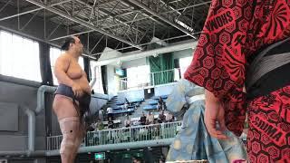 巡業だから、あまり力入ってませんね(^_^;) 十勝帯広場所にて.