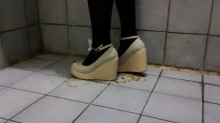 White wedge high heels crush banana (9CM)