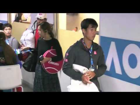 Nishikori and girlfriend | Australian Open 2017