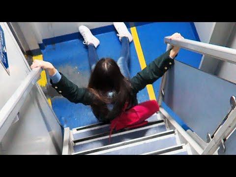 FALLING DOWN STAIRS! [FAIL]