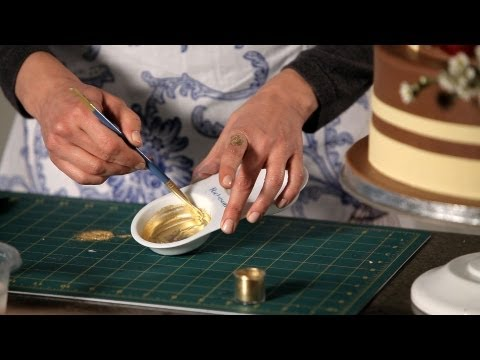 how-to-paint-with-gold-|-wedding-cakes