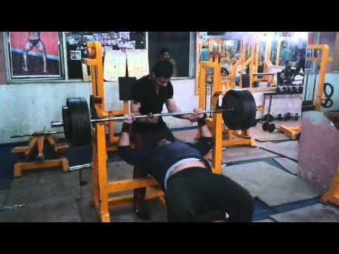 Hakeem khan big man of dadyal azad Kashmir 160 kg Bench Press....