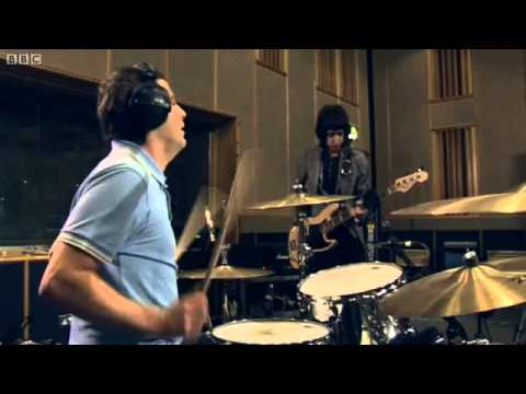 Beady Eye - The Roller (Live BBC Radio1,Maida Vale) HD