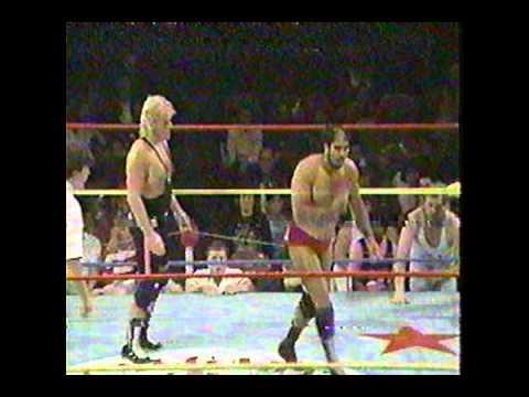 Bruce Hart vs Great Gama LumberJack Match