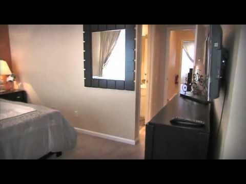 VISTA CAY   Vacation Home Rental   Urban Retreat