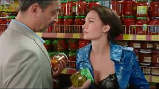 Любовница раздевается в супермаркете и соблазняет богатенького папика