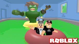 Zombili Havuzdan Kaçış! - Panda ile Roblox Escape The Zombie Pool Obby!