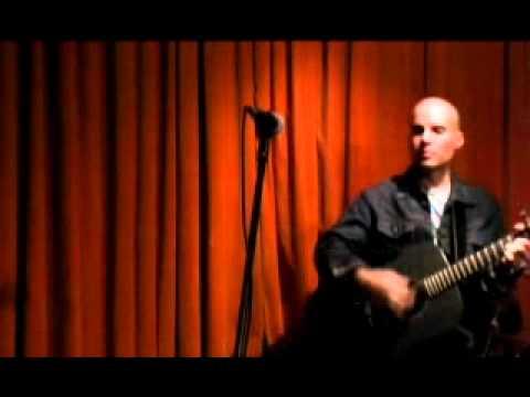 Arthur Yoria - Little Blue (Live)