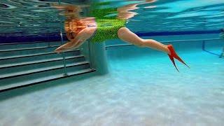 Underwater Mannequin Challenge