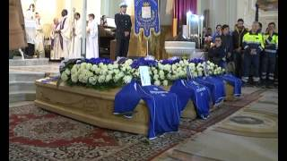 Siderno: i funerali dei quattro ragazzi morti nell'incidente sulla Jo-Ti