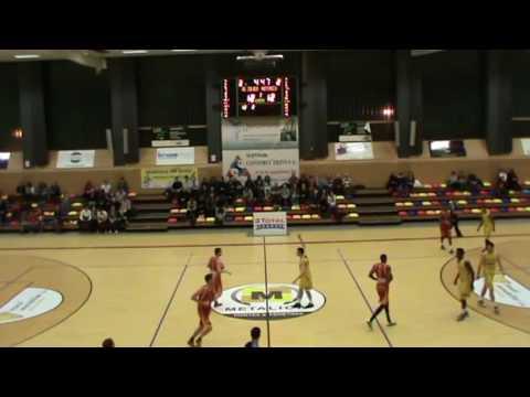 Reggie Evans #12 Yellow Soluvre vs Heffigen (Total League Luxembourg)