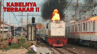Gambar cover KABELNYA SAMPE KEBAKAR !!! Kobong Api Paraaah Lokomotif CC 203 Yang Marah Ditahan Sinyal