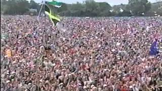 Macy Gray - I Try live at Glastonbury 2003