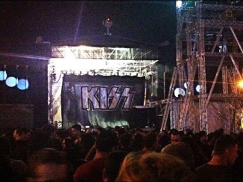 Raimundos e Kiss - Brasília 24/4
