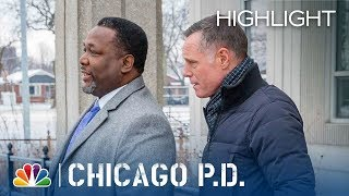 Ray Price Takes a Bullet - Chicago PD (Episode Highlight)